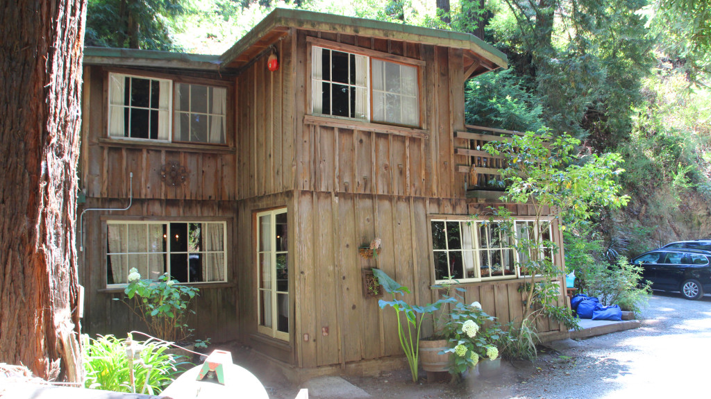 eetjens cabins big sur