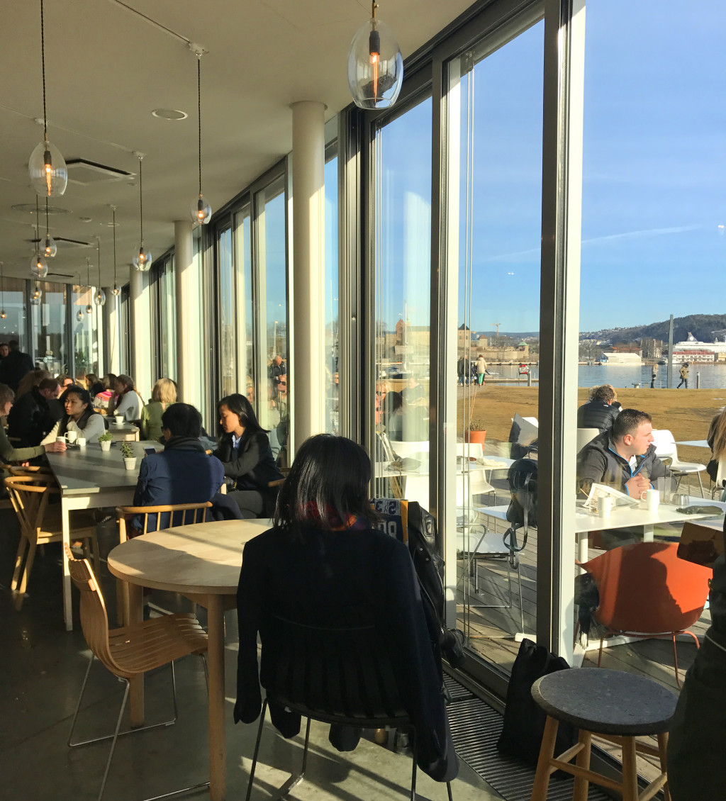 Bar Oslo with a view Aker Brygge