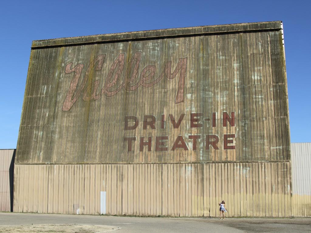 Drive in theatre California reiseblogg Positivista roadtrip Highway 1 1