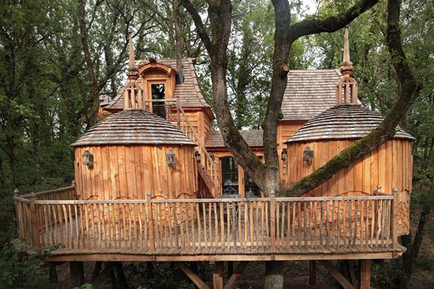 Hautefort-Treehouse-France, chateu dans les arbres, trehus, trehotell, positivista, merete gamst, trehotell