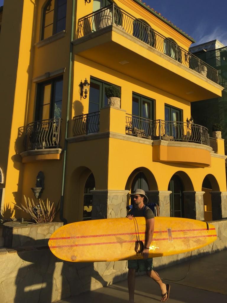 Manhatten Beach, best beach Positivista reisetips travel tips promenade beste strand sunset arkitektur architecture house design surfer surf