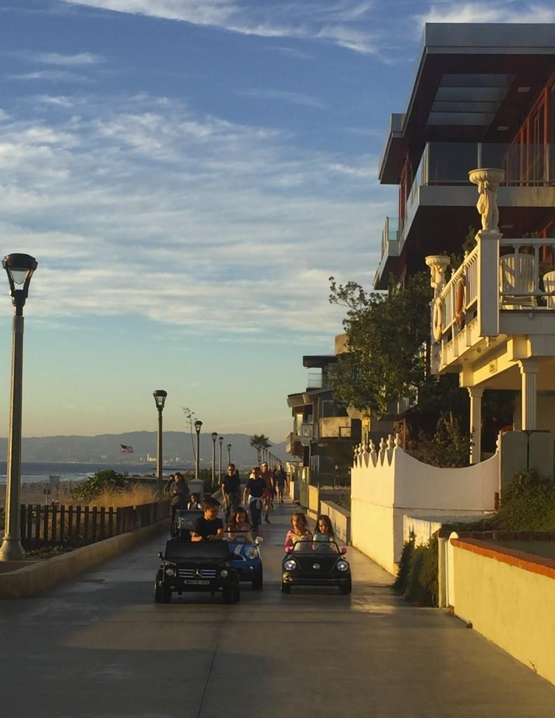 Manhatten Beach, best beach Positivista reisetips travel tips promenade beste strand sunset arkitektur architecture house design cabriolet