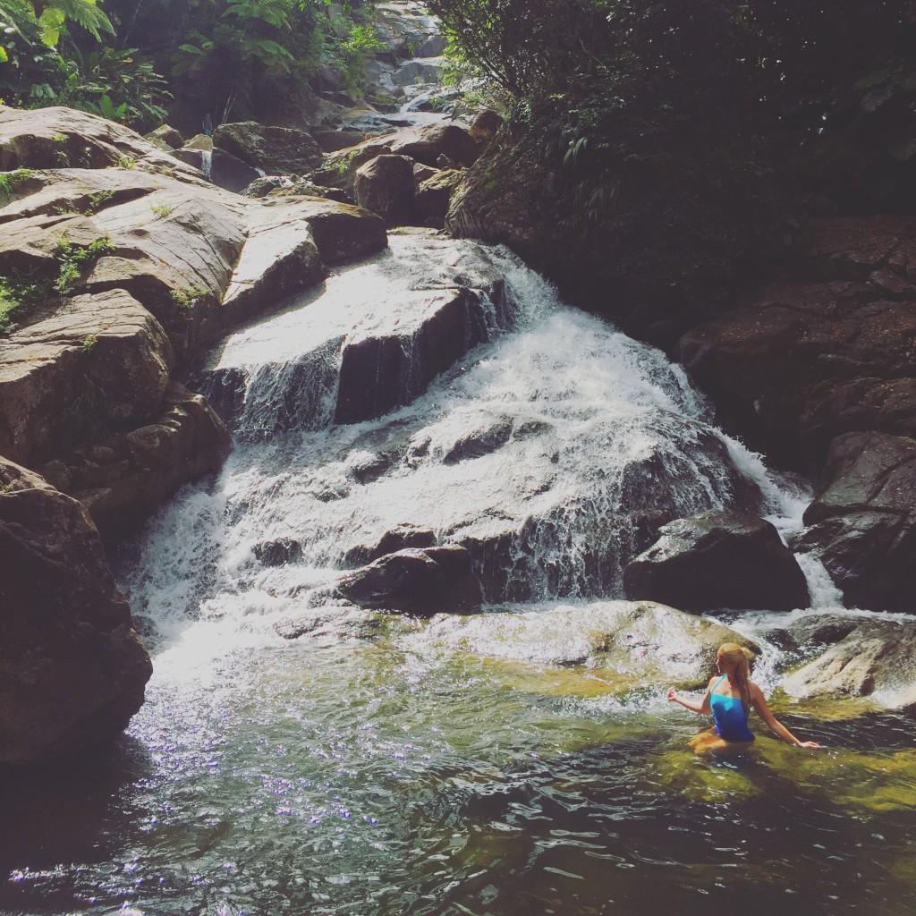 Merete Gamst regnskogen el yunque rainforest waterfall overnatte i regnskogen