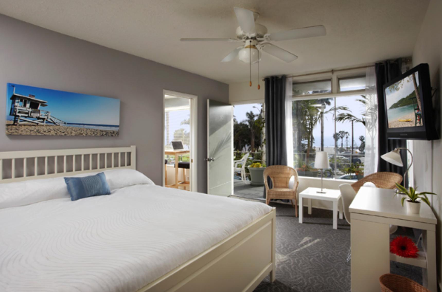 Santa Monica Bayside Hotel Los Angeles tips