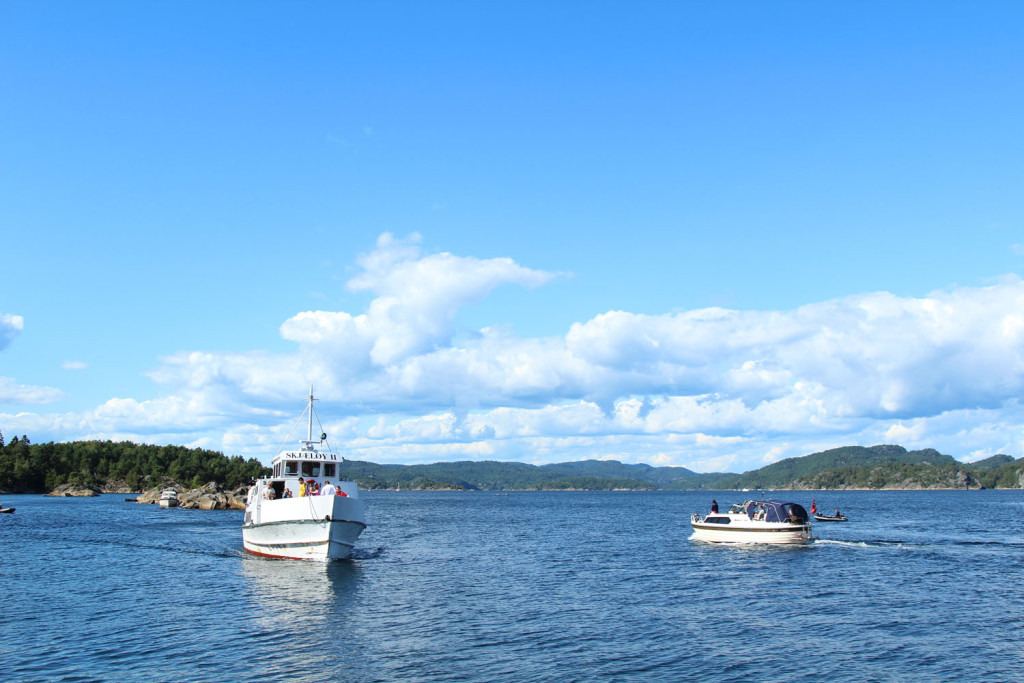 Sjæløy ferge fjord