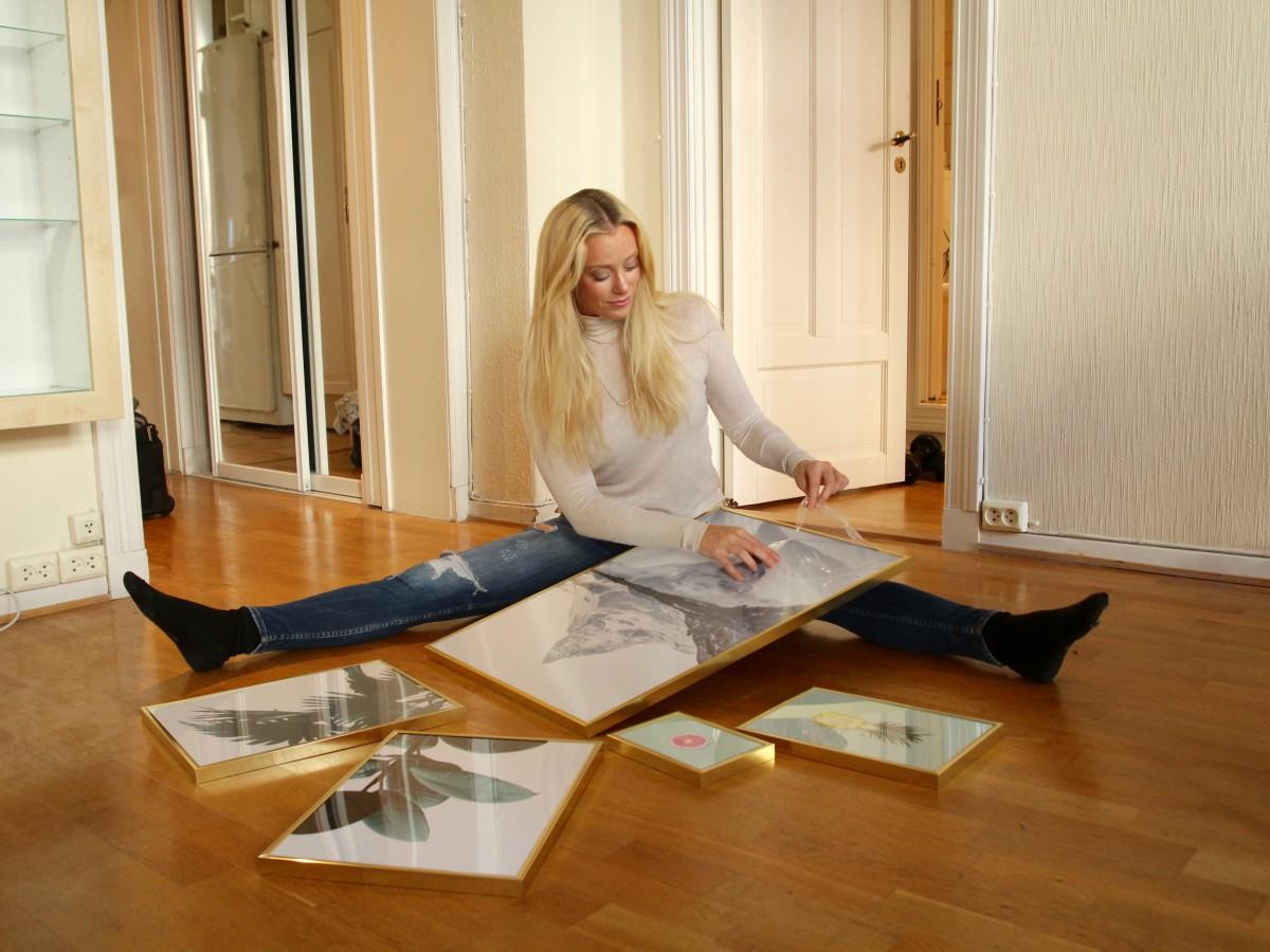 dekorerer-med-plakater-stue