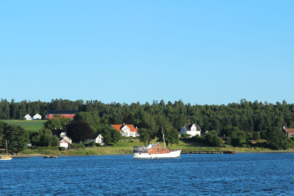 helgeroa fisebåt fjord
