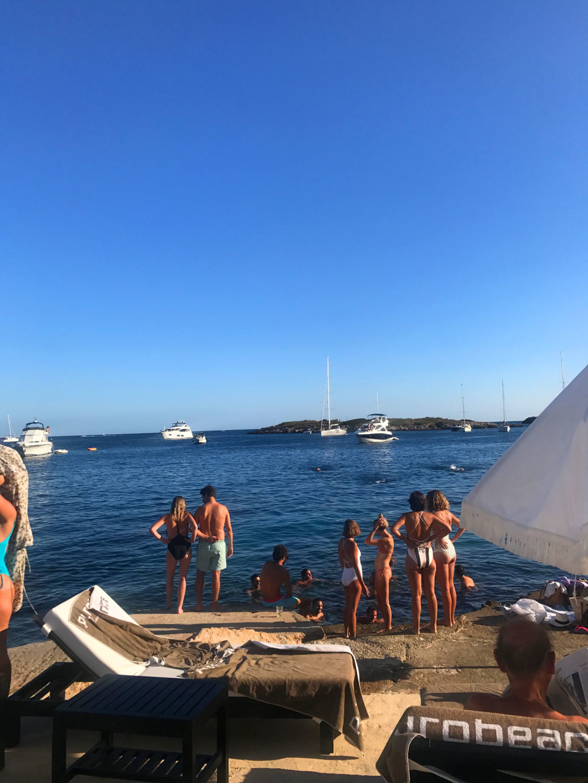 puro-beach-party