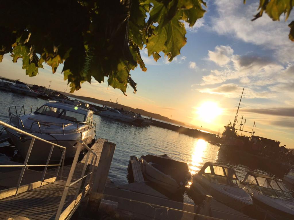 solnedgang helgeroa norsk sommer