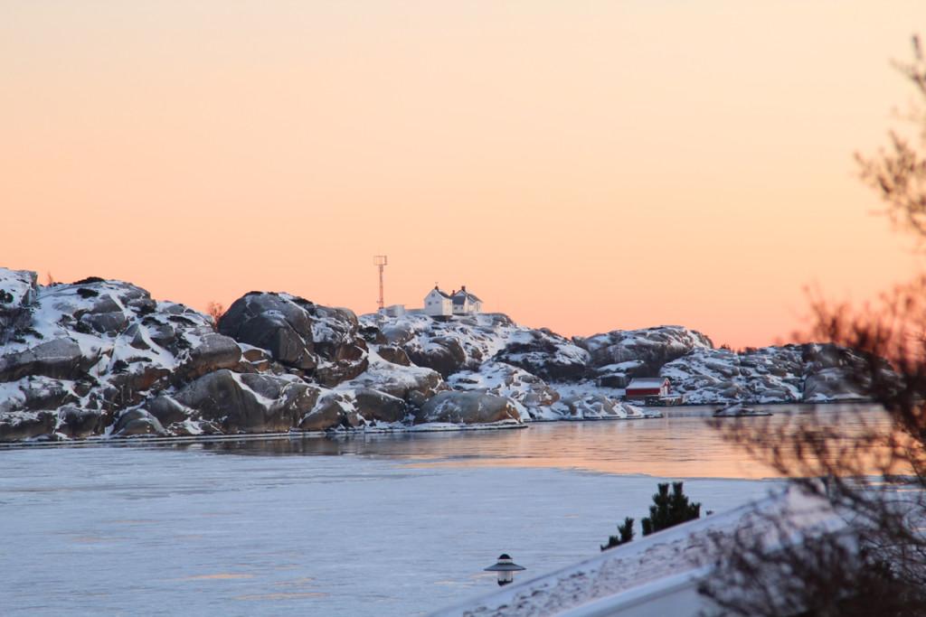 stavern i solnedgang larvik kommune