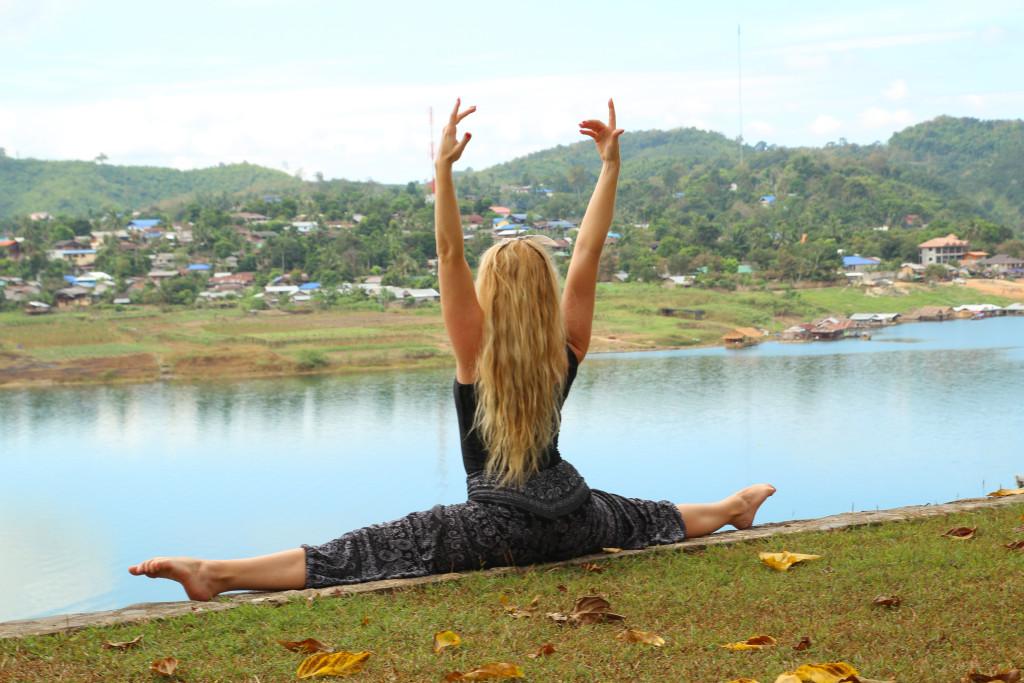 yoga thailand travel tips